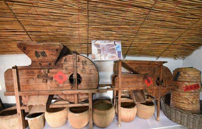 他历时7年搜旧物 帮忙建成民俗农耕文化博物馆