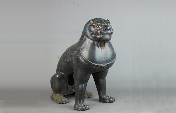 妙乐寺塔上的唐代鎏金铜狮