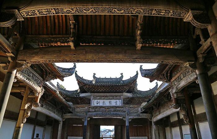 黄山市通过保护条例加大徽州古建筑的保护力度