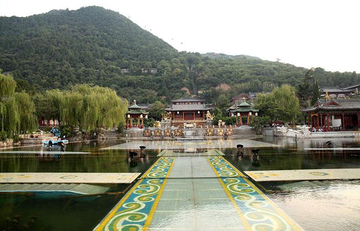 华清池——西安最古老园林