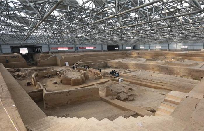 开封发掘出我国古代都城中最早方形瓮城