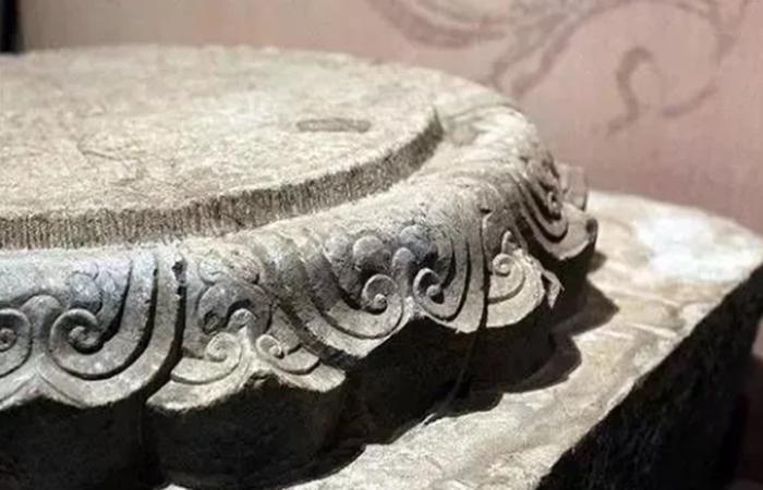 柱础石——古代建筑石雕艺术中的瑰宝