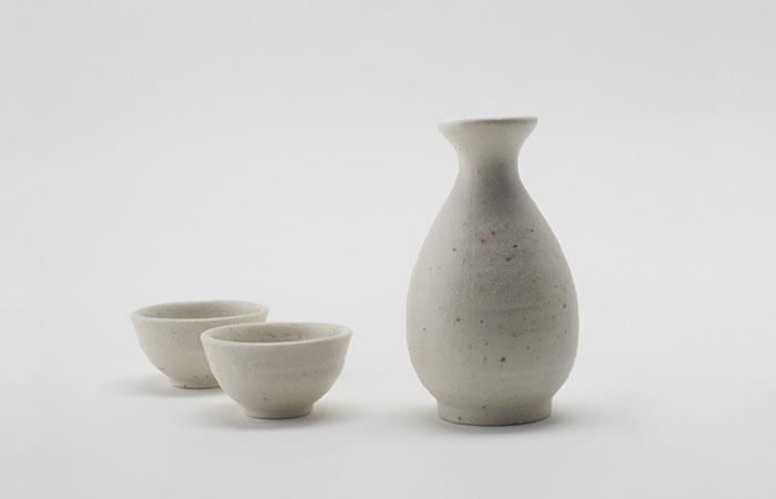 与酒共舞:从文化底蕴上相互衬托的介质――陶瓷酒瓶