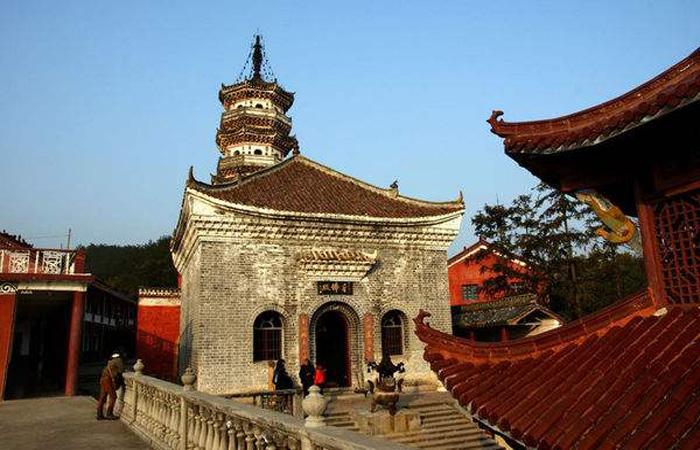 唐风建筑:不用一颗钉子的安庆三祖寺!