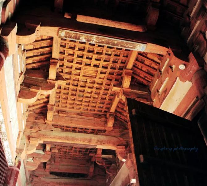 唐 佛光寺东大殿的月梁