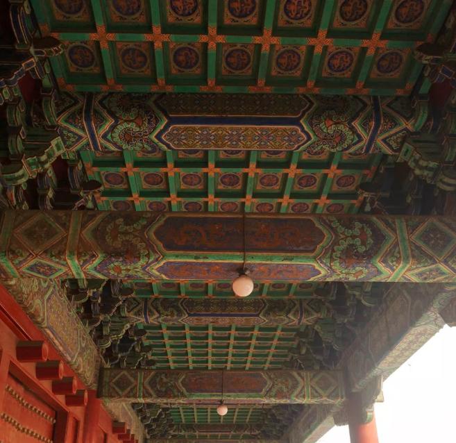 明清 太庙的直梁
