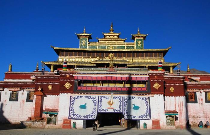 西藏寺院建筑与民居——中国建筑文化中的视觉盛宴