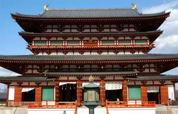 中国古建筑的色彩艺术——从单一到繁华