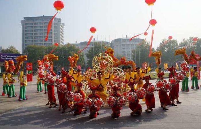 【非遗传承】余杭滚灯——传统民间舞蹈!