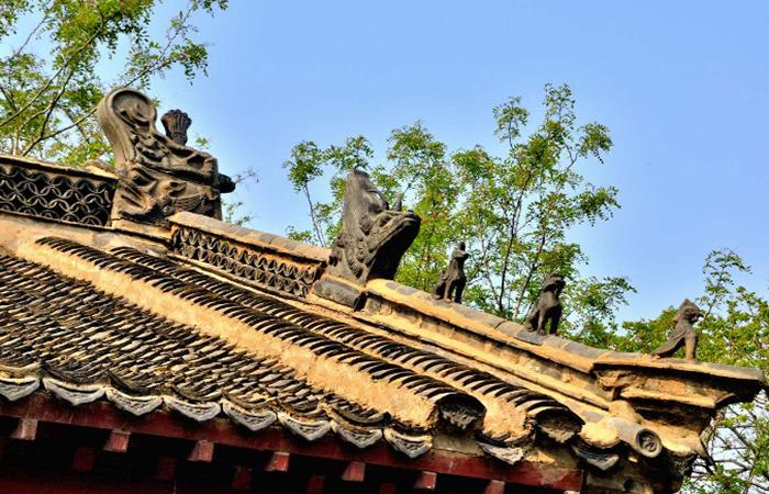 中国古代建筑屋脊上,为何要装饰吻兽?