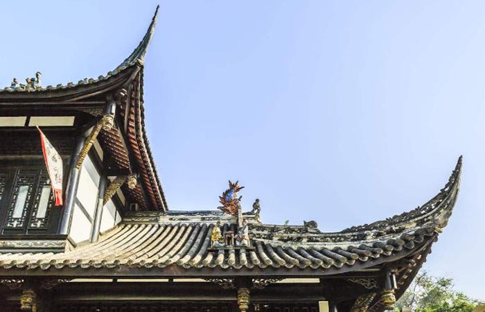 中国古建筑的屋脊曲线,是如何设计的?
