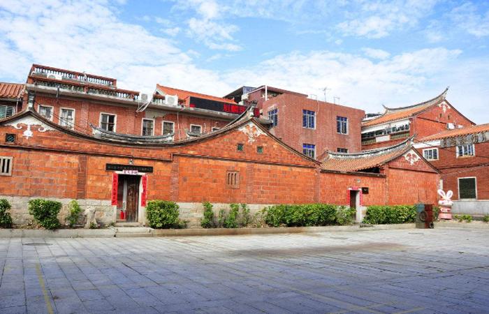 """闽南建筑文化:红砖厝""""皇宫起""""的传说"""