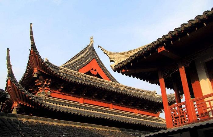浅谈古建筑修缮保护理念与技术