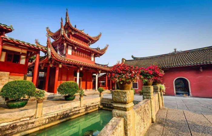 【中国建筑】为何中国大多的庙宇建筑都建在山上?