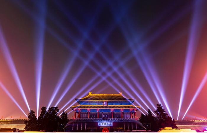 故宫灯光秀引争议:中国古建筑适不适合做灯光秀?