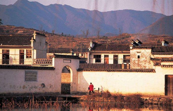 城镇化过程中,乡村古建筑保护面临着怎样的困境?