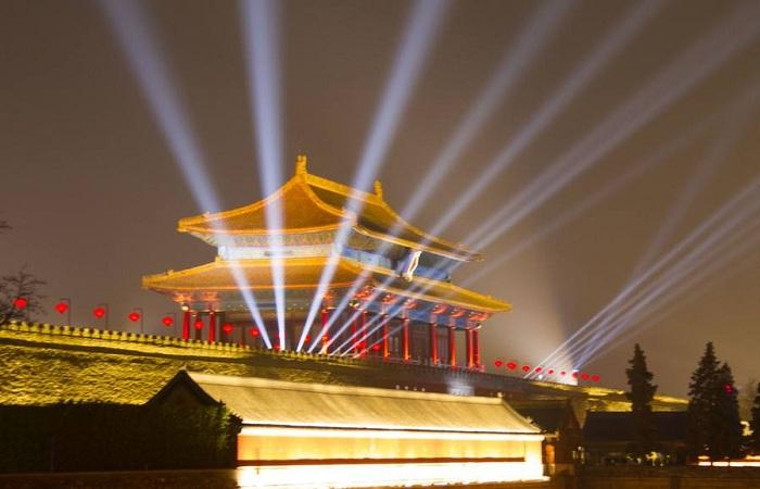 故宫灯光秀,对古建筑是破坏还是传承?