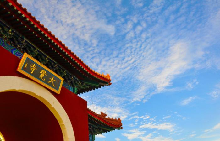 大觉寺——寺院内部藏八绝,千年银杏堪奇观