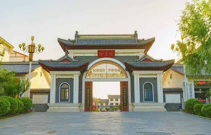 浅谈我国中式门楼的建筑文化内涵