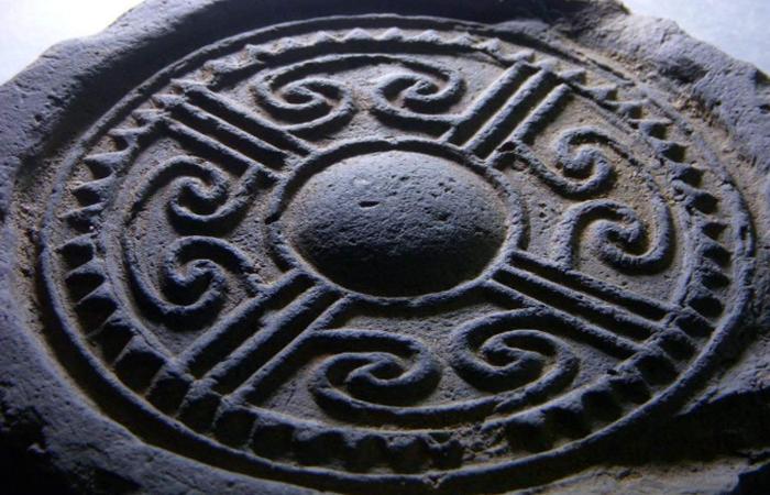 中国古建筑云纹图案装饰的历史与发展