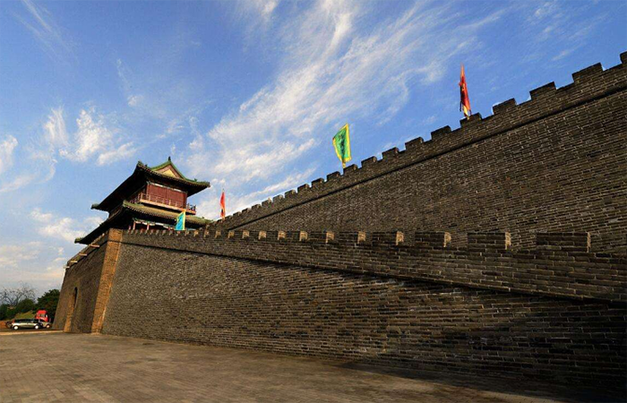 作为防御性建筑,中国古代城?#25509;?#20160;么建筑材料?