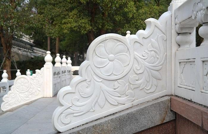 如何判断汉白玉石雕的雕刻等级?