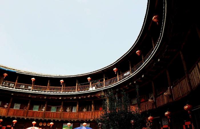 中国古建筑文化中客家传统民居建筑的风格与特点