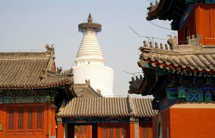 北京白塔寺:藏传佛教格鲁派寺院的发展历史