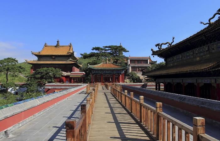 承德皇家寺庙建筑:建筑美学与皇权一统思想的结合