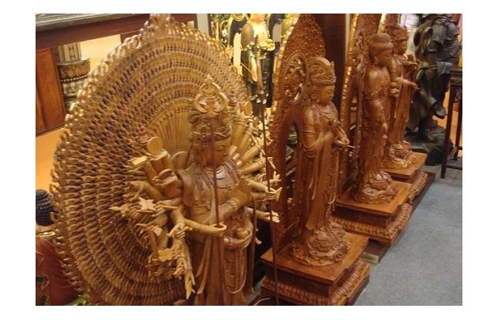 巧夺天工的木雕佛像艺术,时间越久越美!