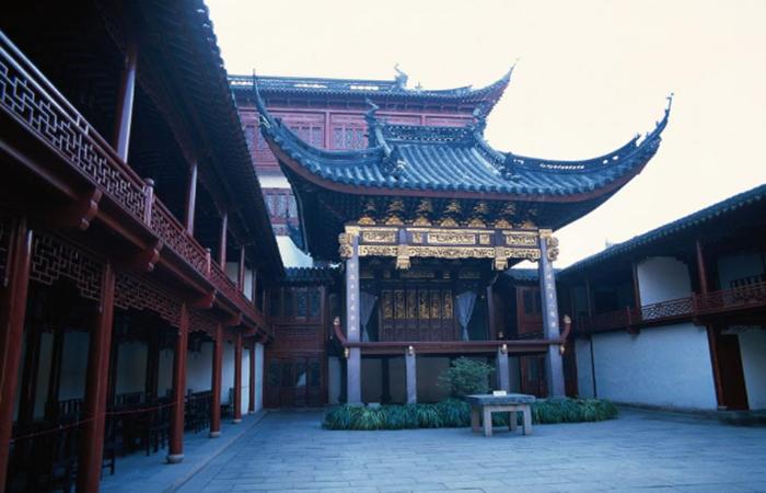 现代建筑设计中,如何更好地运用中国传统建筑材料?