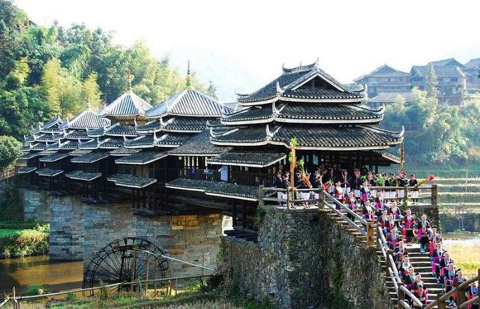 侗族风雨桥——侗族建筑艺术的奇葩