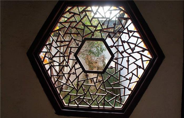 浅谈仿古木门窗的施工流程及要点