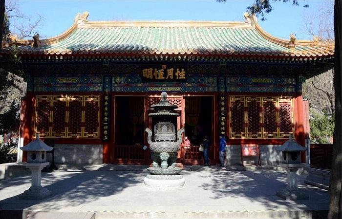 北京卧佛寺-卧佛殿