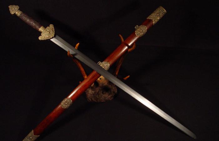 """中国传统文化中关于""""剑""""的文化与意义"""