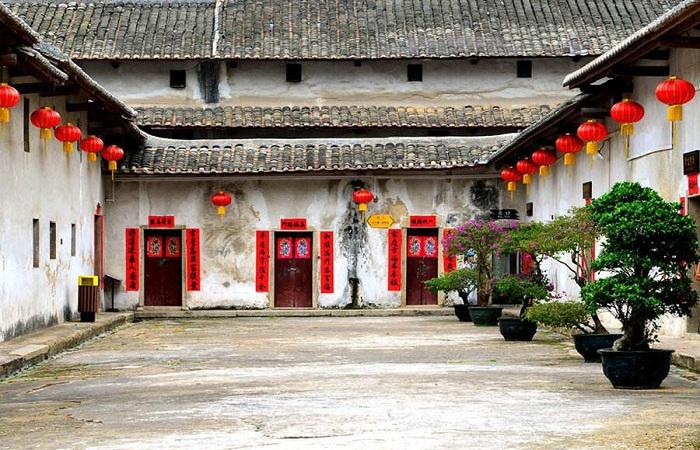 鹤湖新居——深圳十大客家古村落之一