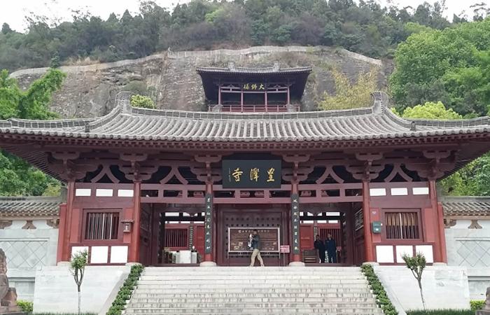 皇泽寺:国内唯一的女皇武则天祀庙