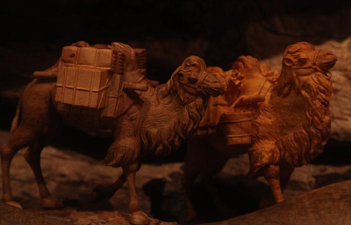 明心慧木——黄小明东阳木雕艺术展在中国美术馆开幕