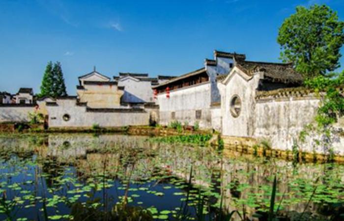 """典型的""""徽派""""建筑 安徽最美的4大小镇"""