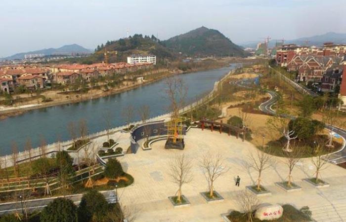 安吉县城齐云路(灵芝路至胜利东路)景观改造提升工程招标公告