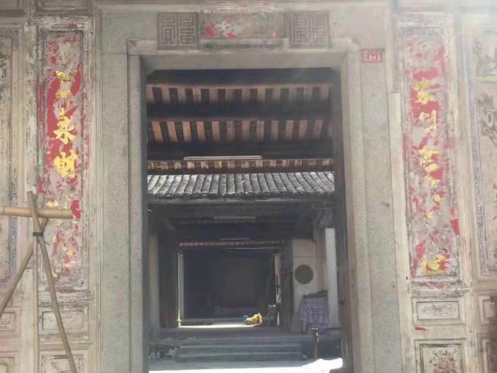 出售_广东梅州清末时期的岭南宗祠建筑