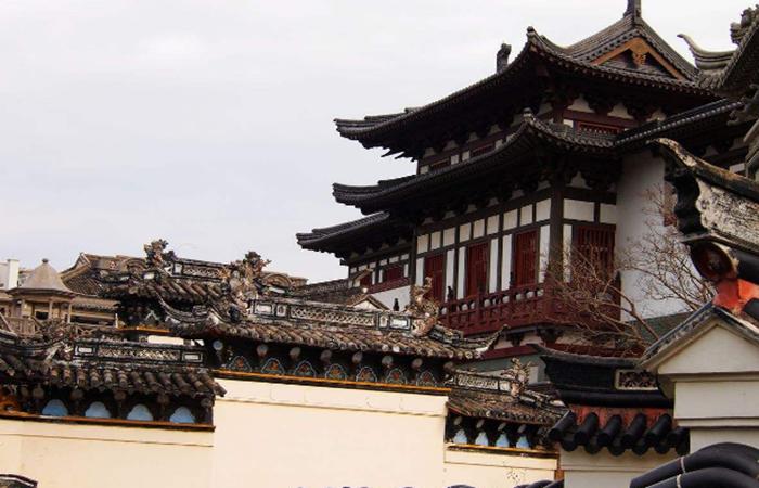 传统建筑文化在现代建筑设计中的传承与应用
