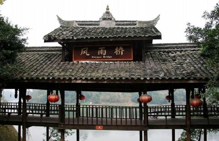 侗族风雨桥——侗族人的精神纽带