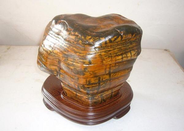 马安彩陶石