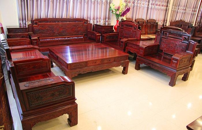 红木家具打蜡和上漆的区别是什么?