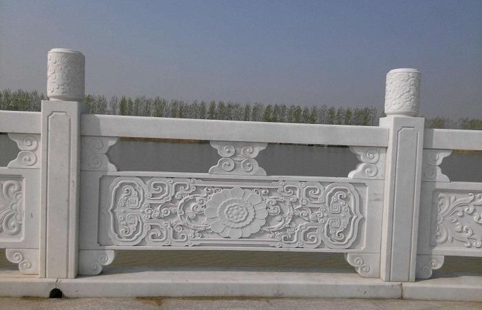 浅谈石栏杆的作用及常见样式