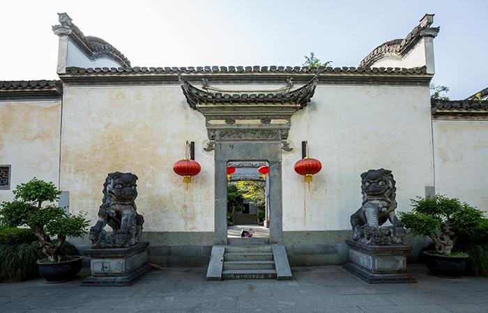 中国古建筑砖雕的制作以及图案装饰