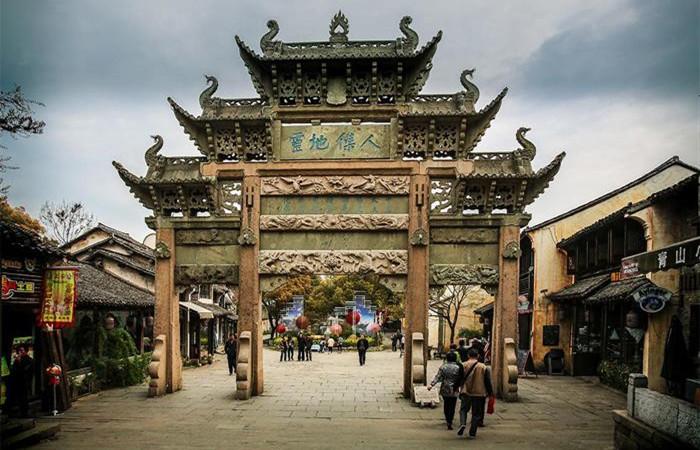 """惠山古镇:无锡的""""露天博物馆"""""""