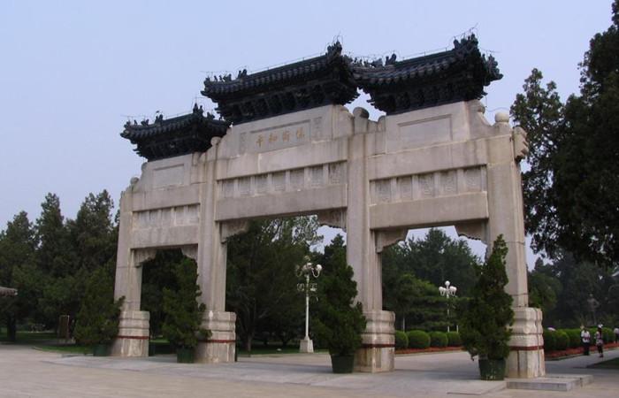 北京青石牌坊:其貌不扬却见证一段耻辱历史