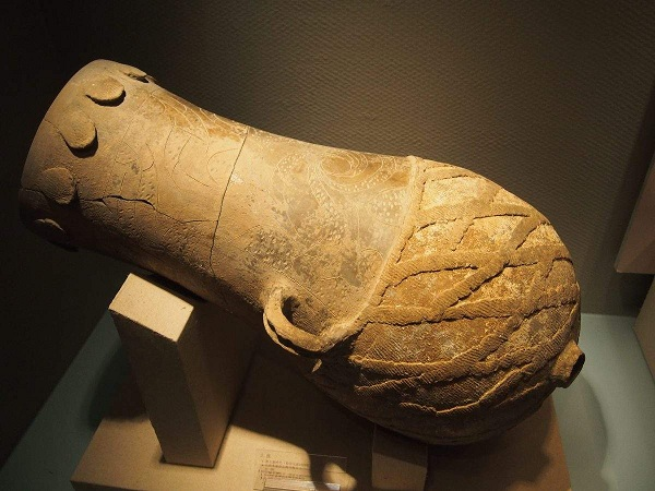 陶寺遗址出土文物